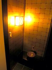 和室の縁側に水屋を。個性的な空間になりました。