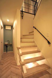 雑貨の似合う階段