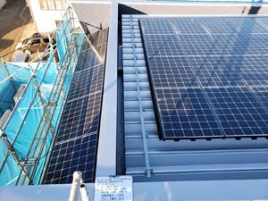 妙高市 ゼロエネルギーハウス ソーラーパネル