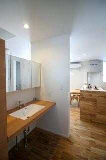 洗面化粧スペース。