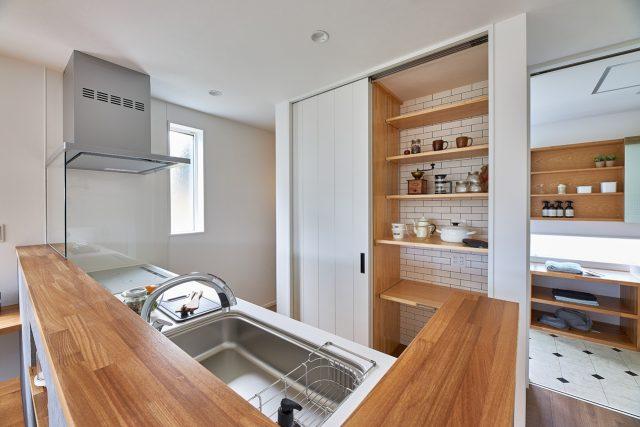 上越市 新築住宅 キッチン収納