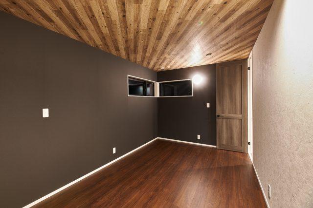 上越市 住宅新築 寝室